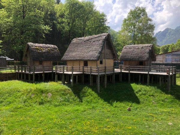 Bronze Age houses in Moliana